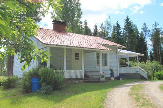 Myydään: Omakotitalo, rv. 1956, Teuro-Kuuslammi, Hinta nyt 79,900€