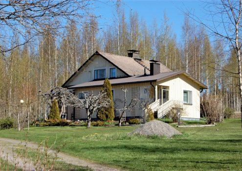 Myydään: Omakotitalo, Murrontie 21 31250 Teuro, Suomi.